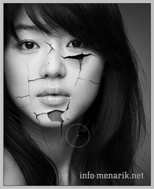 Photo Dengan Efek Retak Di Photoshop 11