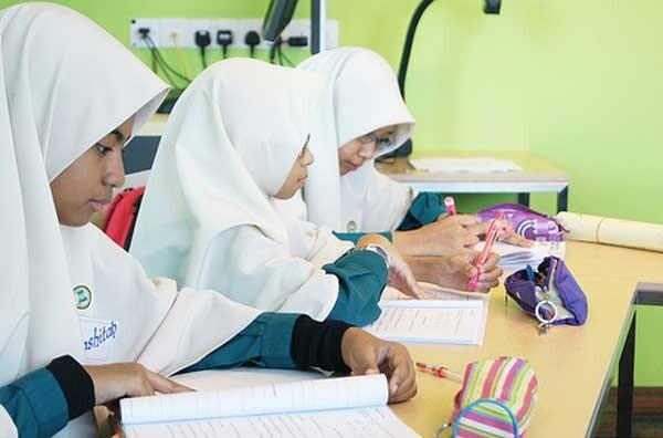 Keuntungan-Menyekolahkan-Anak-Di-Madrasah-1